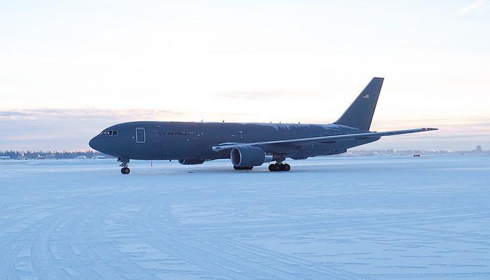 سلاح الجو الأمريكي يقبل أول طائرة صهريج .KC-46A 10000271