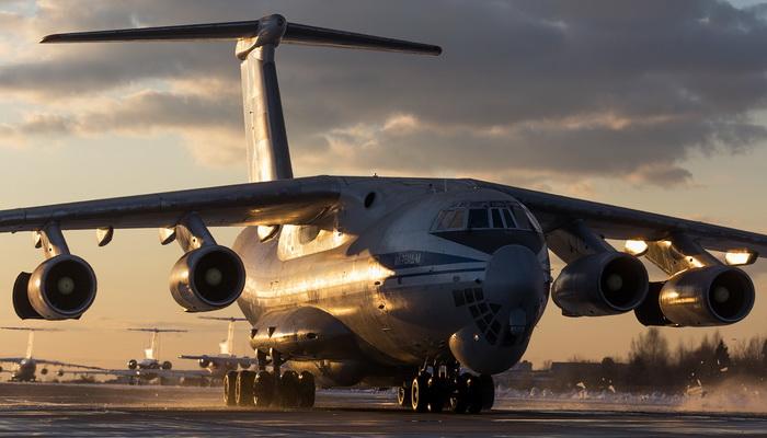 """القوات الجوية والفضائية الروسية تتسلم أول طائرة نقل مطورة من طراز إليوشن """"Il-76 MD-M"""". 200225"""