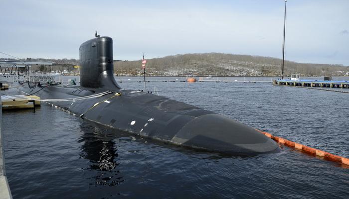 البحرية الأمريكية تكشف عن أحدث غواصاتها الهجومية USS Colorado 200248