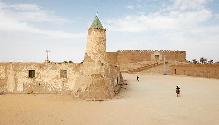 """من ملفات الحرب العالمية الثانية """"مجموعة الصحراء بعيدة المدى وعملية الهجوم على مرزق """" Murzuq"""