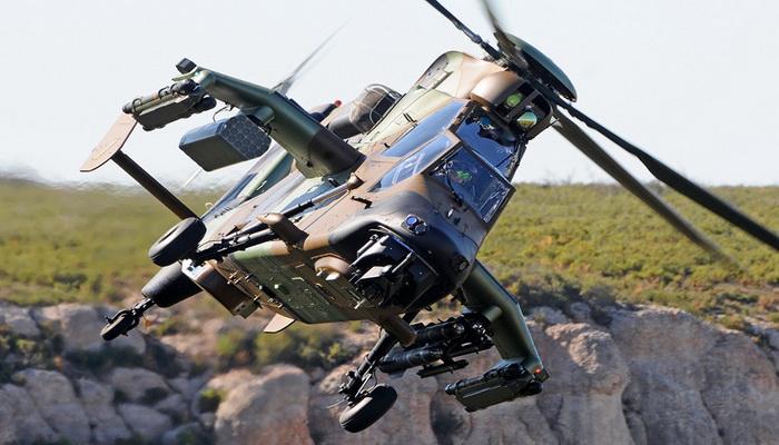 """تسليم مروحية """"النمر- """"TIGER النسخة """"هاد- HAD"""" المحدثة الأولى إلى طيران الجيش الفرنسي 035"""