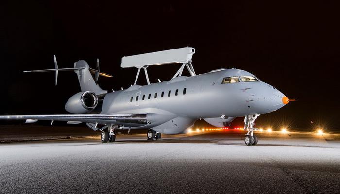 ساب تنجز بنجاح أول رحلة لطائرة الإنذار المبكر GlobalEye AEW & C Globaleye-on-runway-3-col