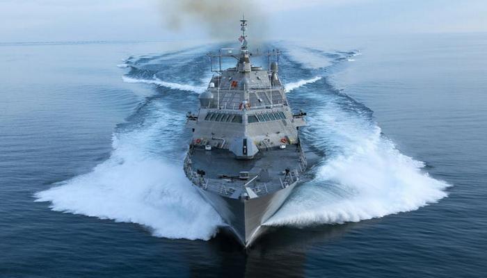 البحرية الأمريكية تطلب المزيد من سفن القتال الساحلية.