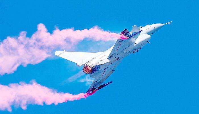 الصين تدمج تقنيات المقاتلة الروسية سو-35 مع نظيرتها الأمريكية إف-16 في مقاتلة واحدة من إنتاجها. 100851