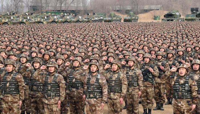 مجلة المسلح الجيش الصيني يتجه نحو عملية إعادة هيكلة استراتيجية في عملية تخطيط إستباقي مدروسة
