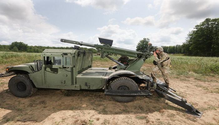 تعرف على نظام المدفعية المتحركة Hawkeye 105mm الامريكي  101557