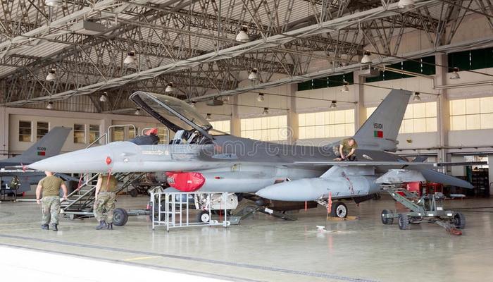 الولايات المتحدة | شركة BAE Systems تدعم طائرات F-16 في أكثر من 25 دولة.